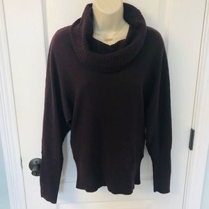 Kenneth Cole Chunky Maroon Sweater! ❤️